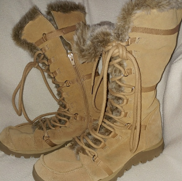Perth Blackborough yo cordura  Skechers Shoes   Womens Snow Boots Grand Jams 95   Poshmark
